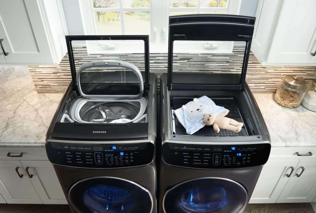 Cada máquina –FlexWash y FlexDry- cuenta con dos compartimentos para  realizar un doble proceso de lavado y secado 54bd6c903275